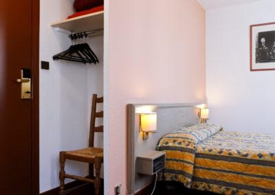 hotel le lumiere chambre simple
